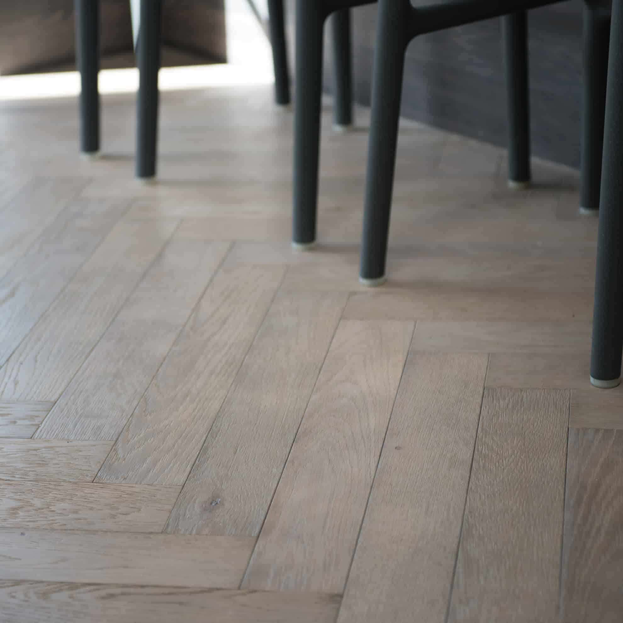 Hard Wearing Dominica Oak Herringbone Flooring in Kitchen