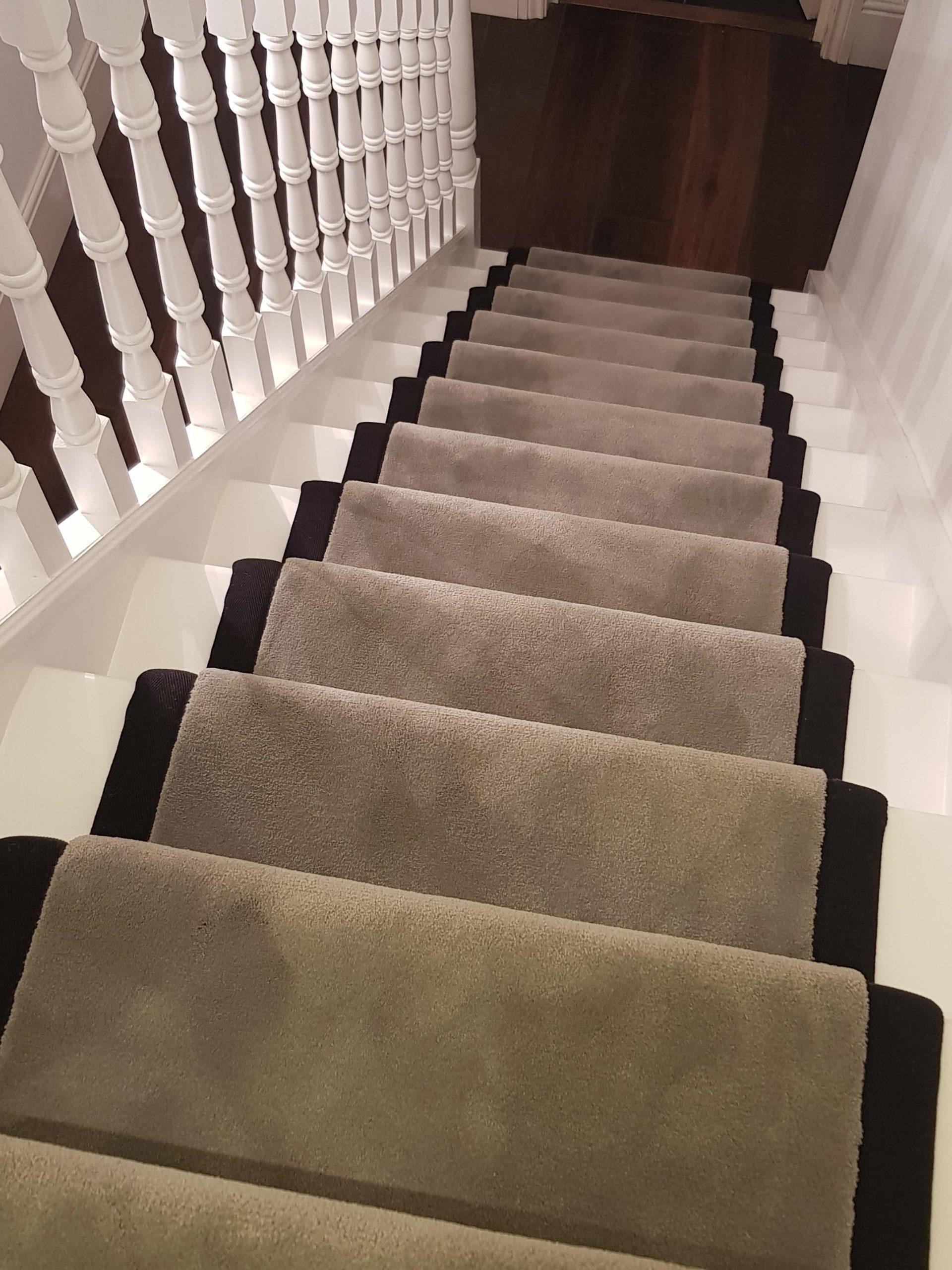 Kensington grey carpet with black border